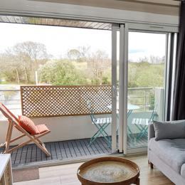 Balcon avec salon de jardin - Location de vacances - Combrit
