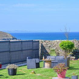 Extérieur de la maison avec vue mer - Location de vacances - Plomodiern