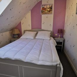 Chambre avec un lit 140 - Location de vacances - Guilvinec