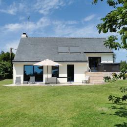 Maison avec terrasse, spa et grand jardin aroboré de 1500 m² - Location de vacances - La Forêt-Fouesnant