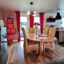 Séjour avec espace cuisine - Location de vacances - Concarneau