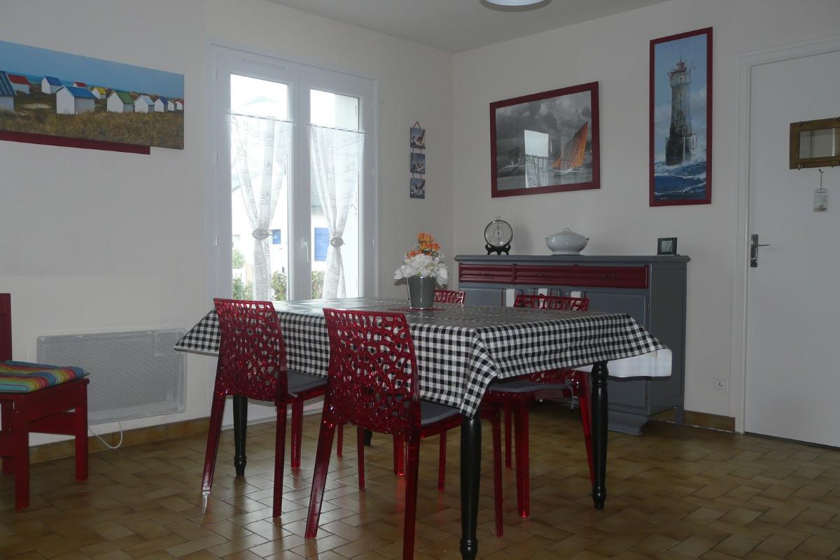 Le coin repas - Location de vacances - Plobannalec-Lesconil