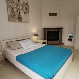 Coin salon avec 1 couchage - Location de vacances - Saint-Pol-de-Léon