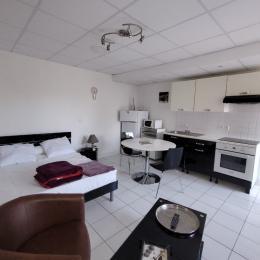 Résidence La Clé des Sources - Studio n°4, location meublée thermale à Néris-les-Bains - Location de vacances - Néris-les-Bains