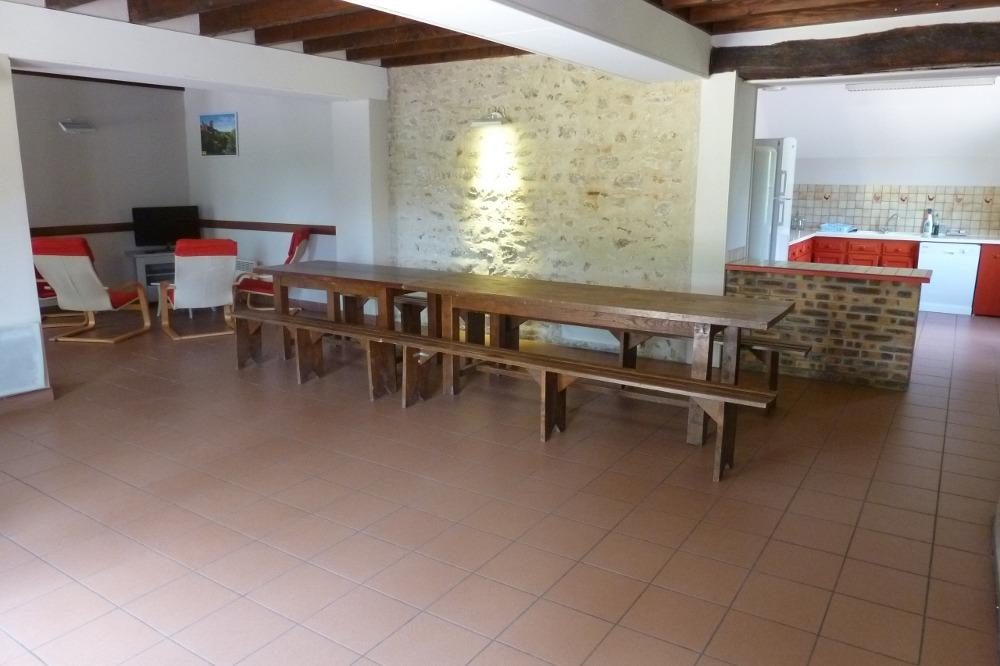 Séjour et cuisine - Location de vacances - Bellenaves