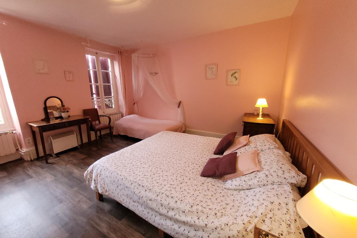 Au Bonheur du Parc chambres d'hôtes en Auvergne - Chambre d'hôtes - Le Breuil