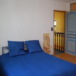 Résidence Les Volets Bleus  - Appt n°4 location de meublés à Néris-les-Bains à 150m des thermes - Location de vacances - Néris-les-Bains