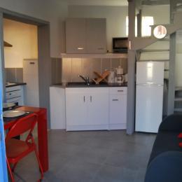 Résidence Les Volets Bleus - Appt n°5 location de meublés à Néris-les-Bains à 150m des thermes - Location de vacances - Néris-les-Bains