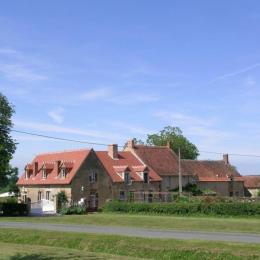 Chambre d'hôtes Les Glycines Berry Auvergne - Chambre d'hôtes - Saint-Éloy-d'Allier