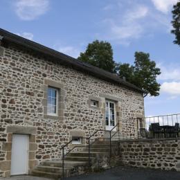 Gite de Besseigeat - Coté terrasse - Location de vacances - Marcillat-en-Combraille