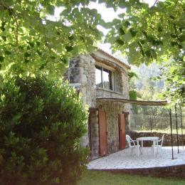 la terrasse - Location de vacances - Saint-Jean-du-Gard