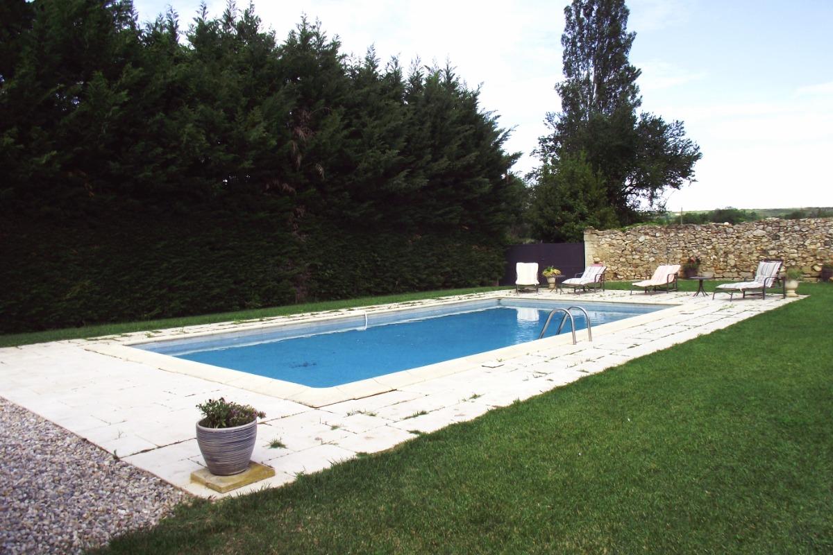 Piscine - Location de vacances - Saint-Siffret
