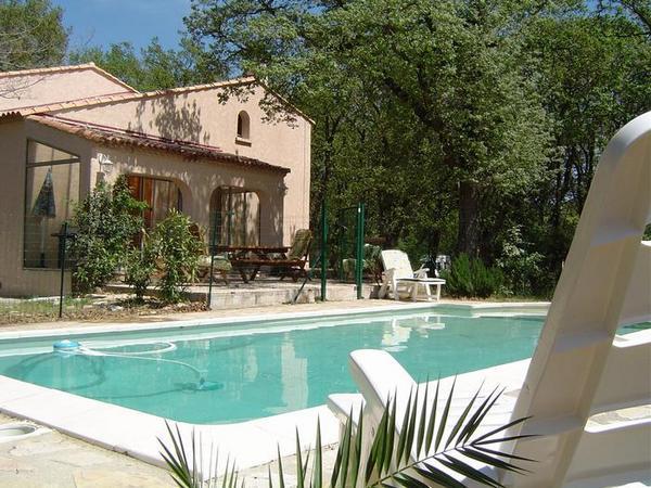 - Location de vacances - Rochefort-du-Gard