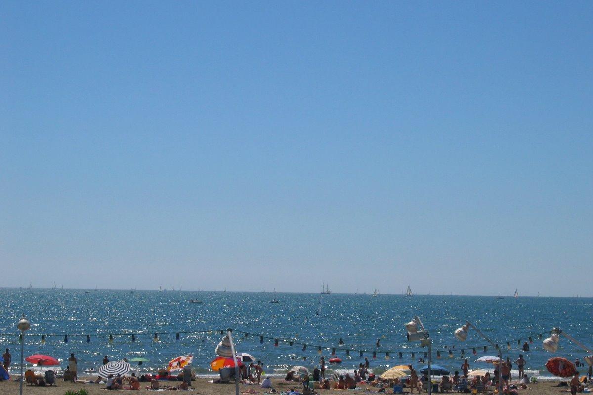 La plage, le ciel et la mer - Location de vacances - Le Grau-du-Roi