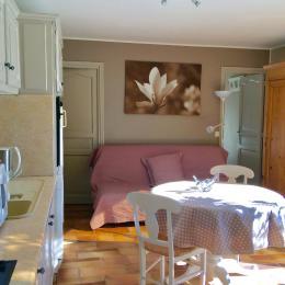 salle à manger - Location de vacances - Montaren-et-Saint-Médiers