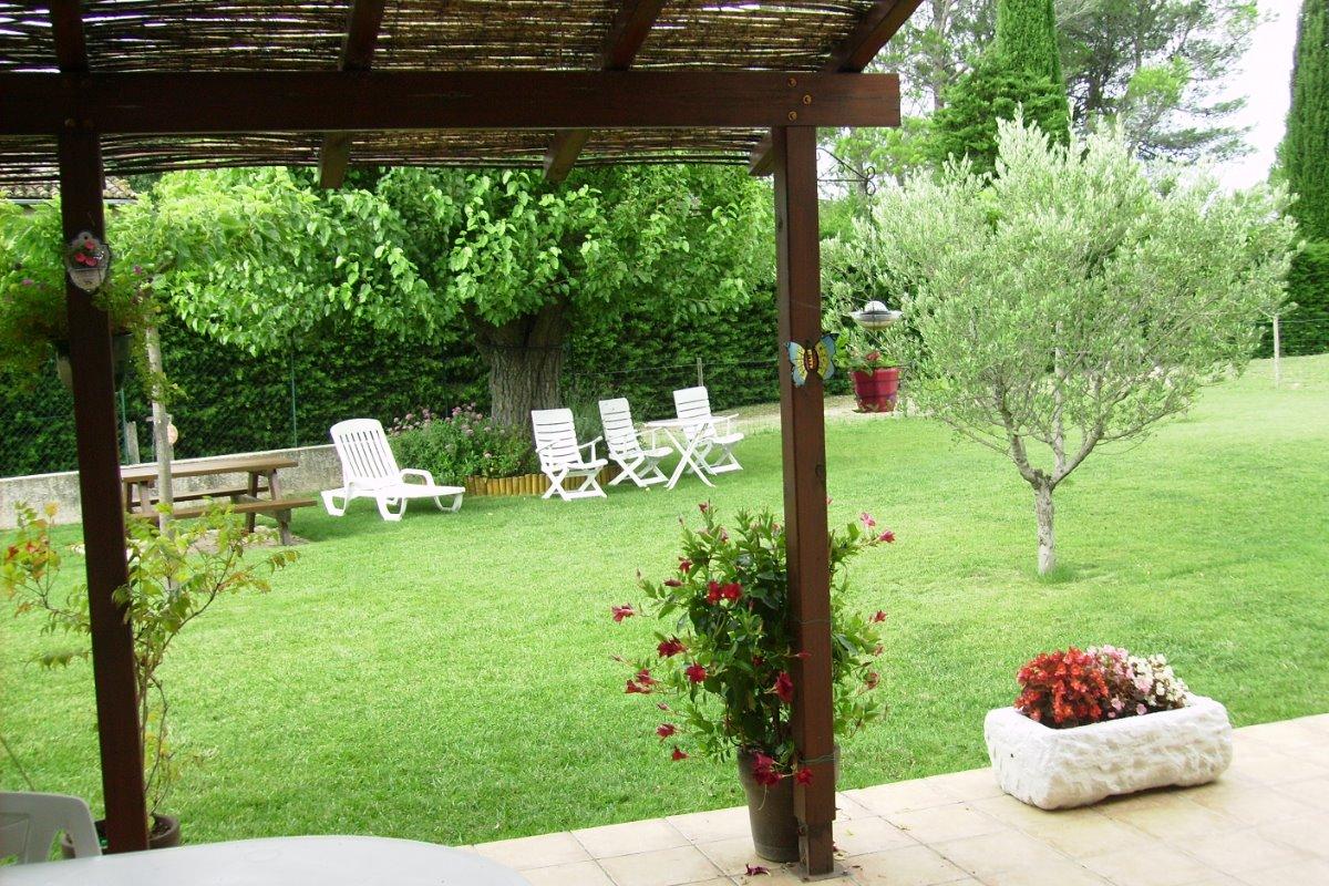Terrasse ombragée - Location de vacances - Serviers-et-Labaume