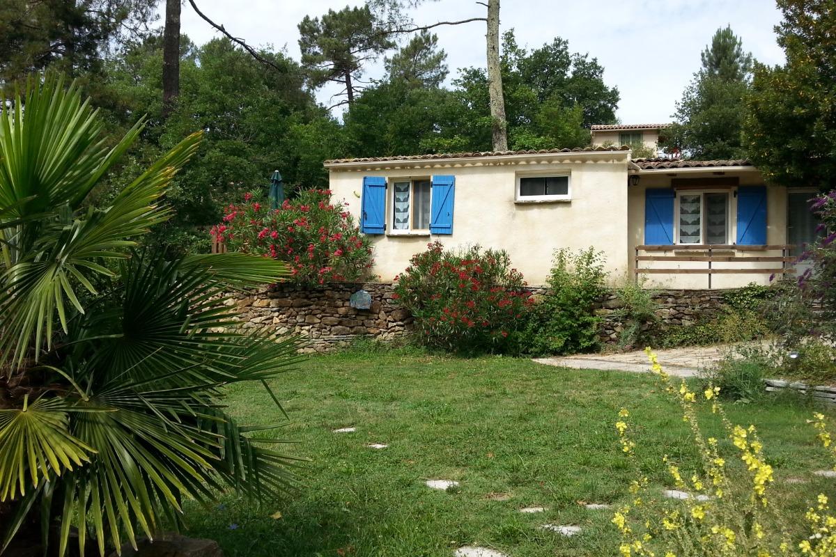 Gîte vu de la piscine - Location de vacances - Gagnières
