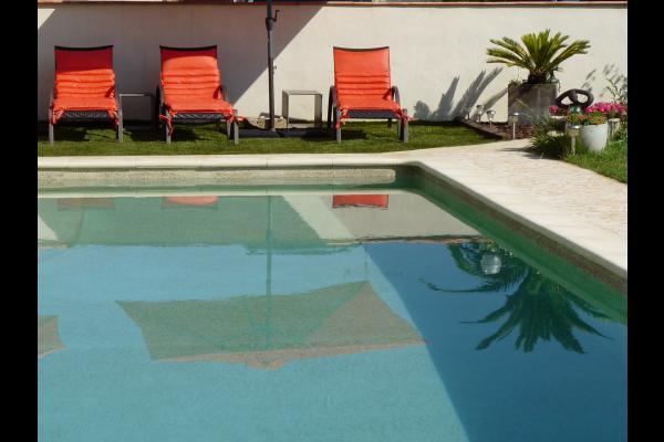 Piscine - Location de vacances - Caissargues