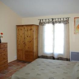 Chambre parentale - Location de vacances - Caissargues