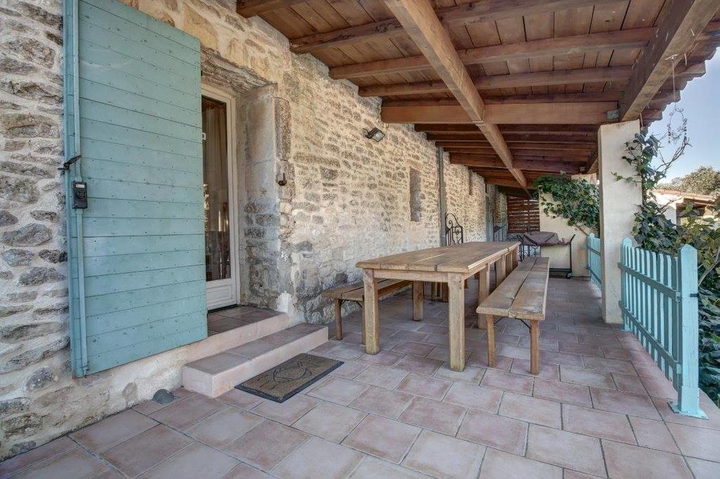 Terrasse gîte - Location de vacances - Nîmes