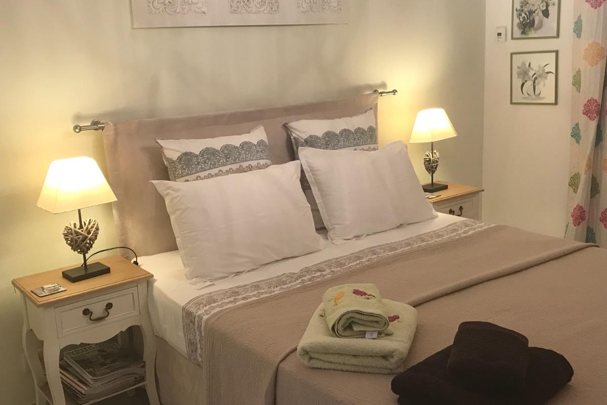 Chambre verte 1 - Chambre d'hôtes - Bezouce