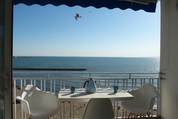 1_Terrasse_Vue mer_1 - Location de vacances - Le Grau-du-Roi