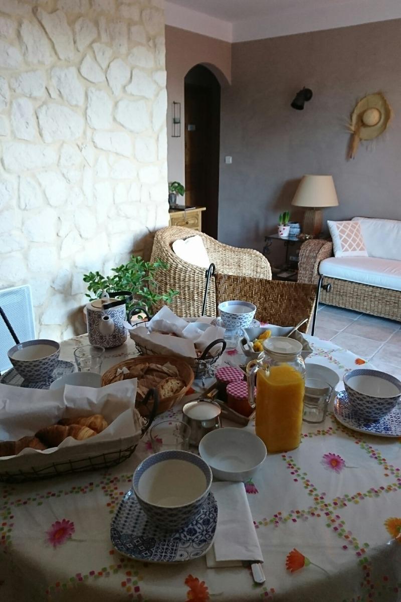 - Chambre d'hôtes - Montagnac