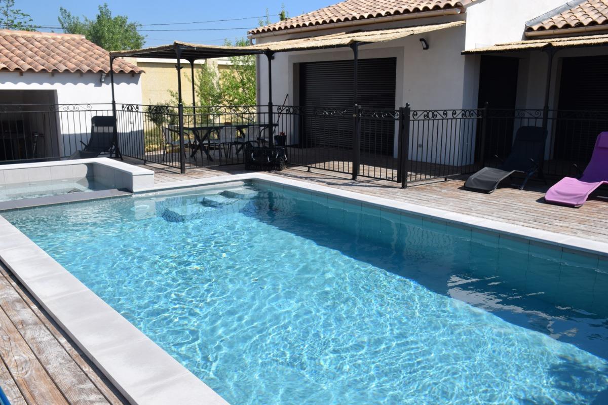 Piscine - Location de vacances - Castillon-du-Gard