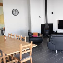 Coin salon - salle de séjour - Location de vacances - Castillon-du-Gard