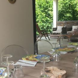 Salon terrasse - Location de vacances - Sumène