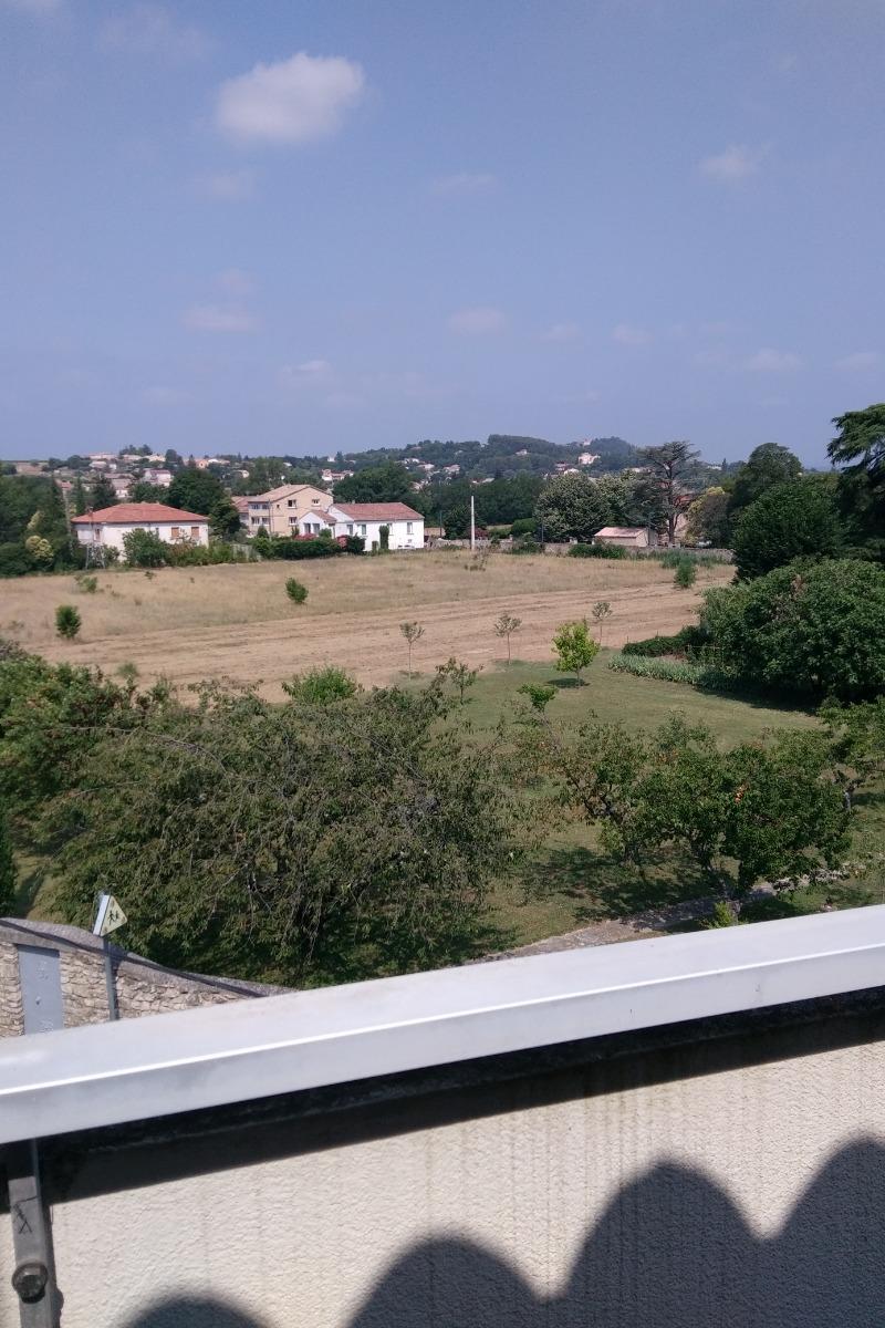 view from terrace - Location de vacances - Pont-Saint-Esprit