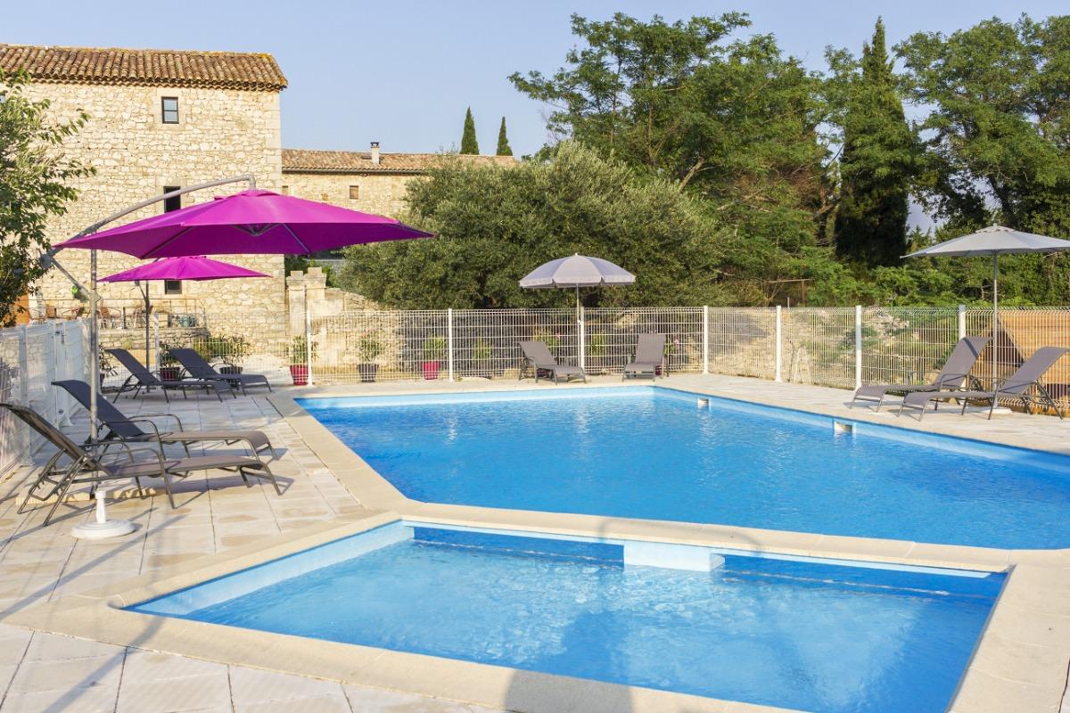 Mas et piscine - Location de vacances - Seynes