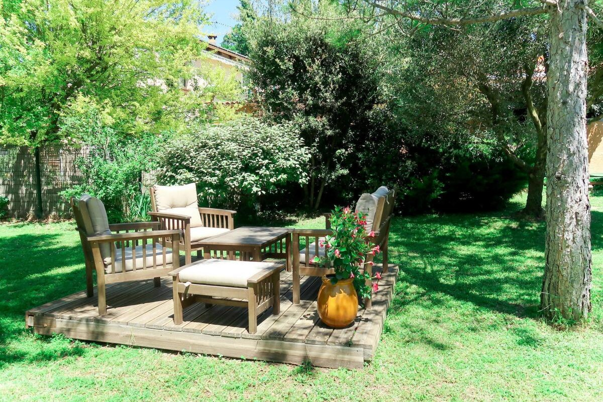1000 m2 de jardin clos et arboré, au calme. - Location de vacances - Arpaillargues-et-Aureillac