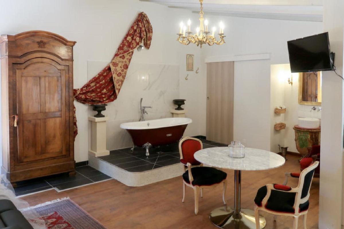 - Chambre d'hôtes - Arpaillargues-et-Aureillac
