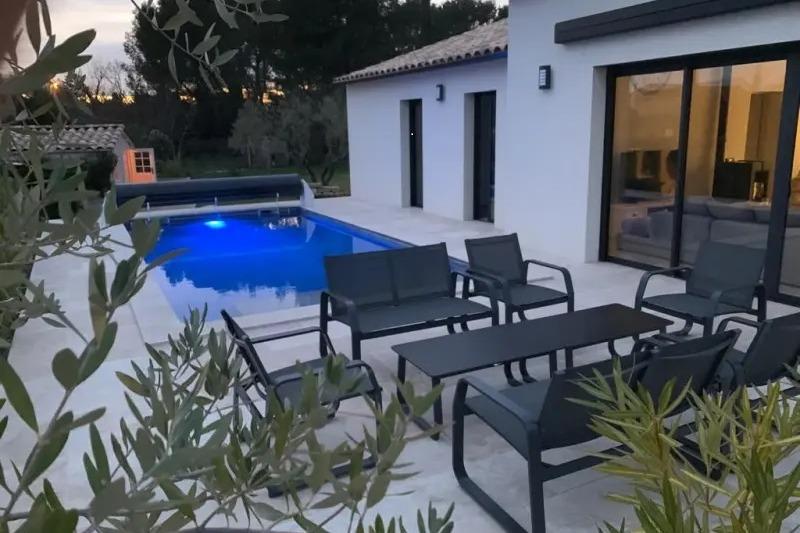 la piscine au soleil couchant - Location de vacances - Garrigues-Sainte-Eulalie