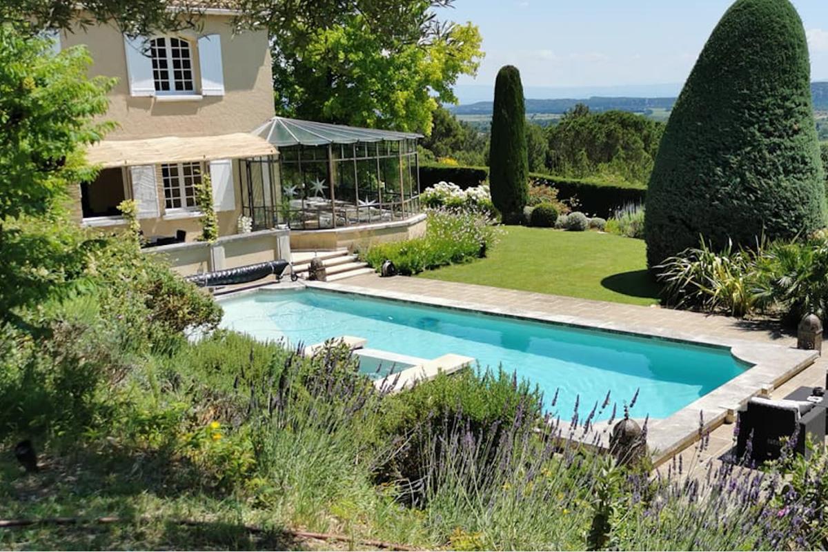 - Chambre d'hôtes - Rochefort-du-Gard