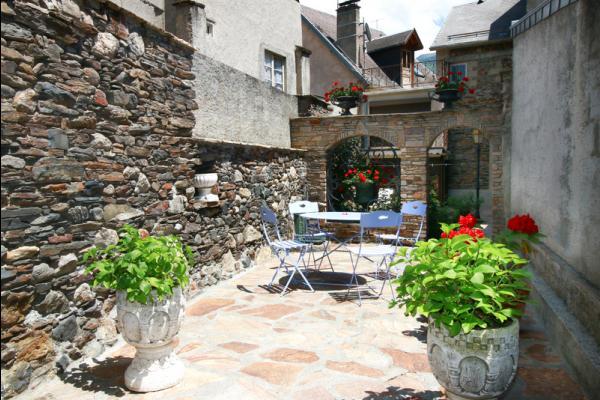 cour - Location de vacances - Bagnères-de-Luchon