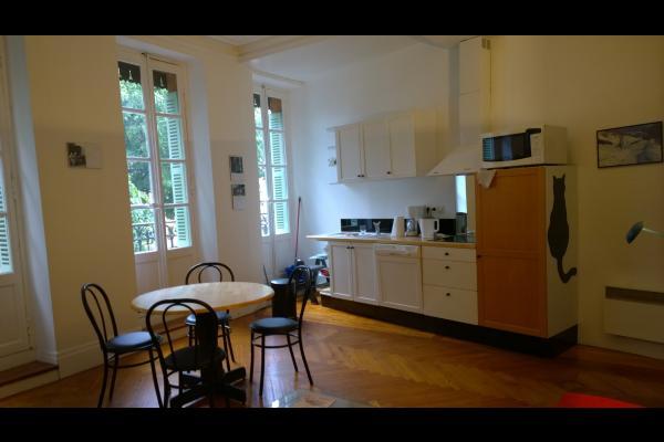 Appartement place Saint-Georges centre historique de ...