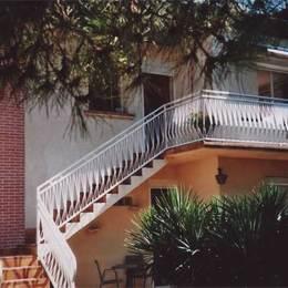 La villa Vigneronne escalier accès - Location de vacances - Castelginest