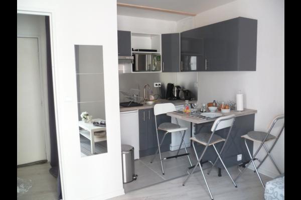 Cuisine et entrée - Location Toulouse