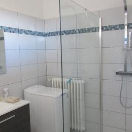 Salle d'eau - Location de vacances - Aussonne