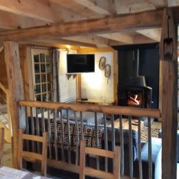 Le Salon vu de la Salle à Manger - Location de vacances - Antignac