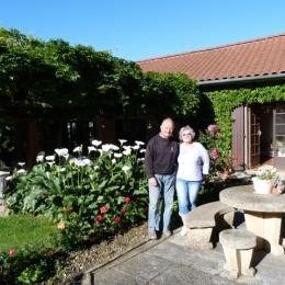 Aimé et Chantal sont présents pour vous accueillir - Chambre d'hôte - Miélan
