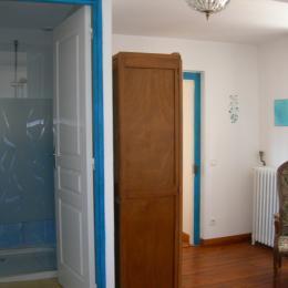 chambre hypomée, avec entrée salle d'eau - Chambre d'hôtes - Miélan