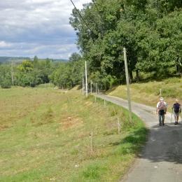 Randonnée pédestre sur le Chemin de Compostelle - Chambre d'hôtes - Condom