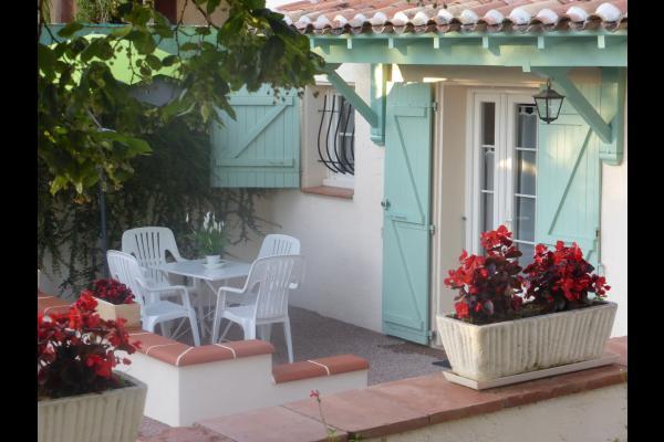 Terrasse devant le gite - Location de vacances - Lectoure