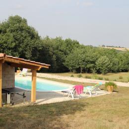 Extérieur piscine - Location de vacances - Sainte-Marie
