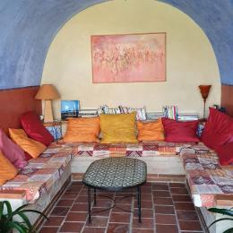 Chambre double avec accès sur le jardin - Grand gîte - Location de vacances - L'Isle-Arné