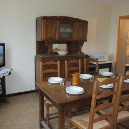 la salle à manger - Location de vacances - Tournan