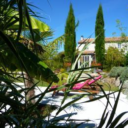 Les Arrroucasses - Chambre d'hôtes - Castelnau-sur-l'Auvignon